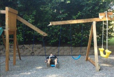 broken-swing-set