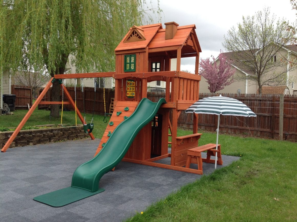Keep Your Playset Looking Like New 5 Tips For Maintaining