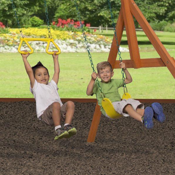 oakmont-swing-and-trapeeze