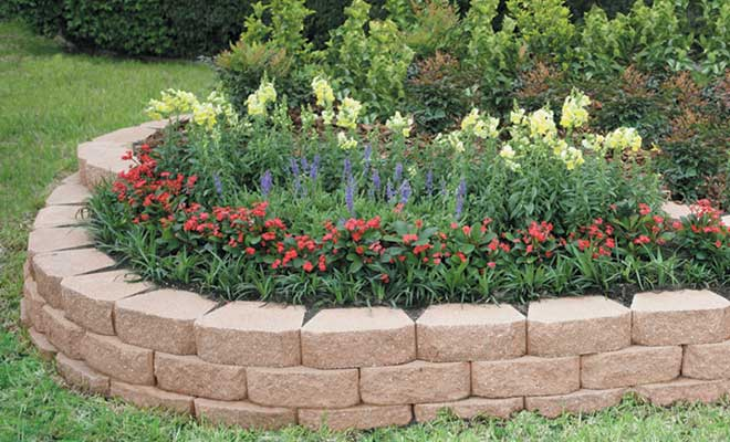 Landscape Edging Ideas That Create Curb Appeal