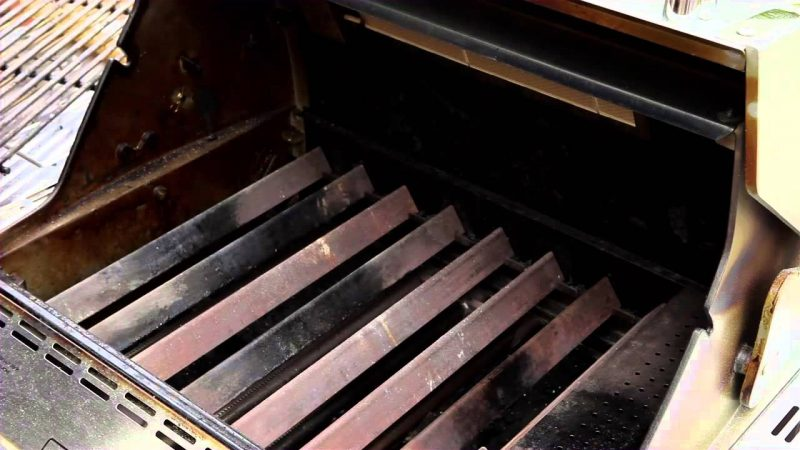 Once The Grates And Burners Are Clean It Is Time For You To Divert Your Attention Towards Bottom Of Grill Se Off All Debris Stuck